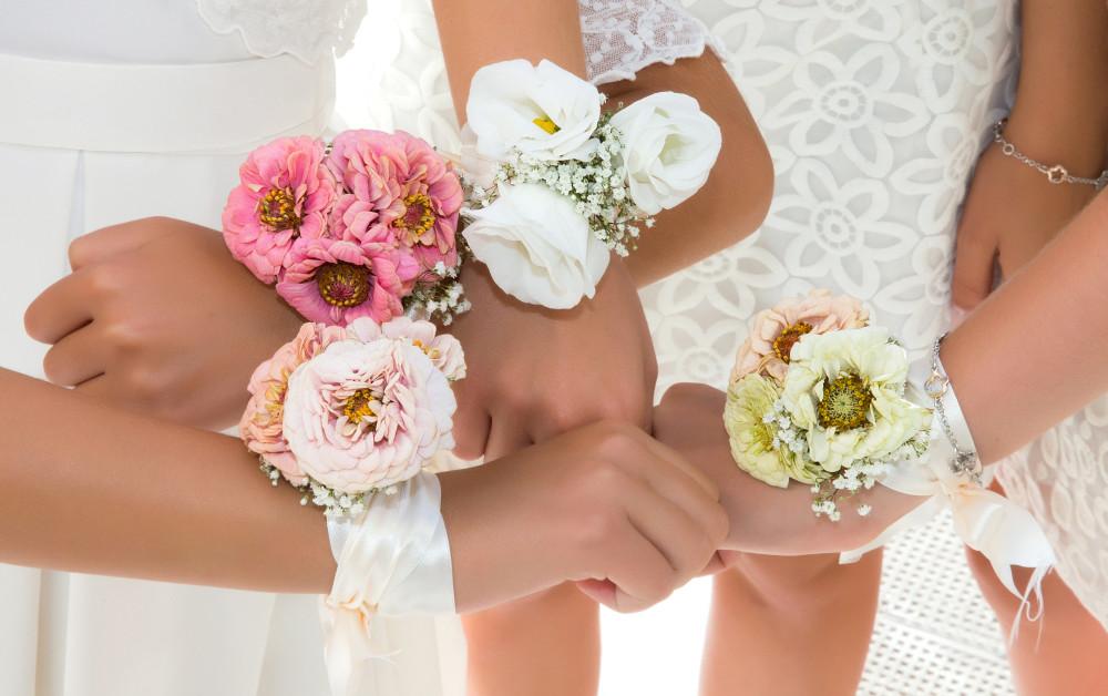 Bouquet Sposa E Damigelle.Bouquet Da Polso Pro E Contro Matrimonio Nelle Marche