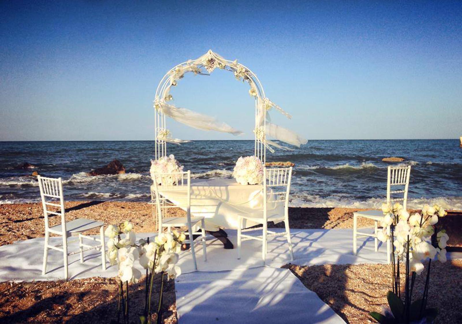 Matrimonio In Spiaggia Nelle Marche : Balneare antonio matrimonio nelle marche