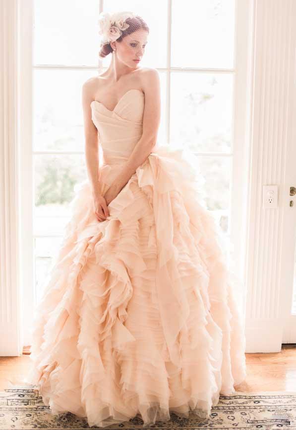 Abiti da sposa colori pastello