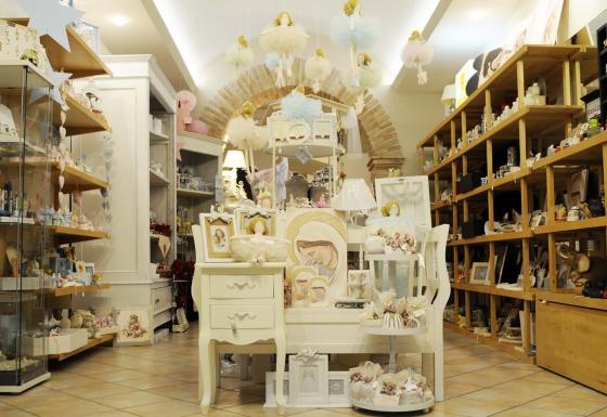 negozio bomboniere provincia ancona