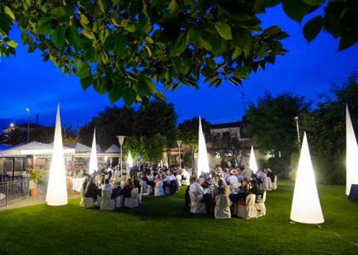 Airlighting illuminazione eventi matrimonio nelle marche