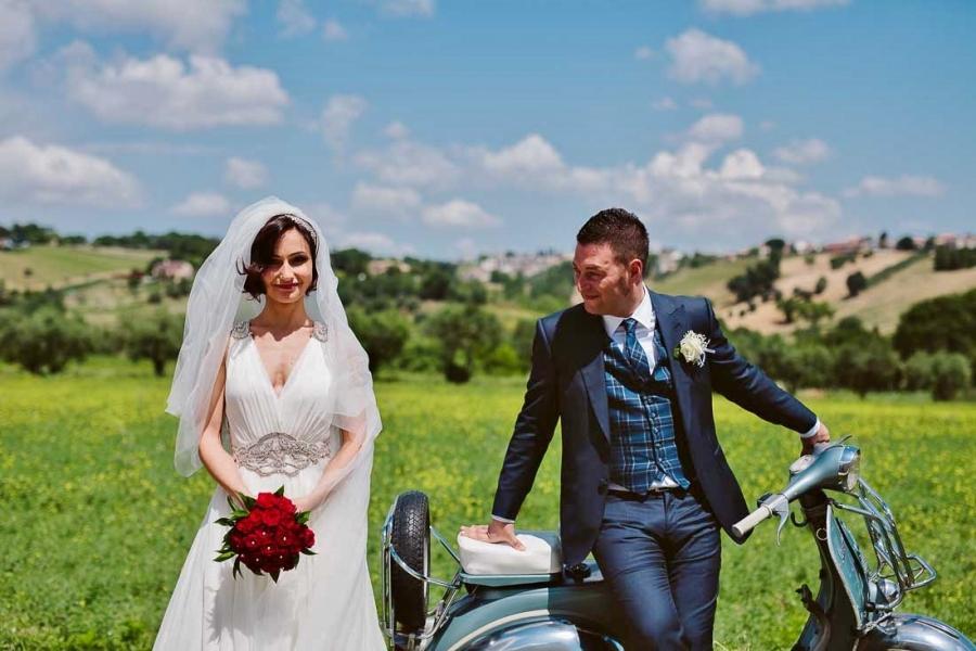 Matrimonio Spiaggia Brindisi : Matrimonio rock matrimonio nelle marche