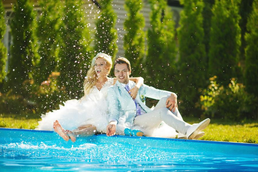 piscina casa sposi